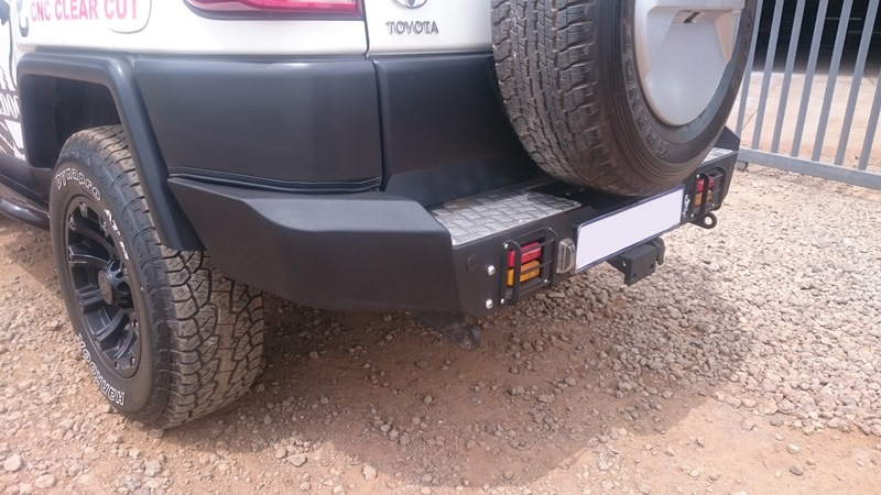 rear-replacement-bumper-fj-cruiser