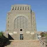voortrekker-monument-and-fort-schanskop-tour