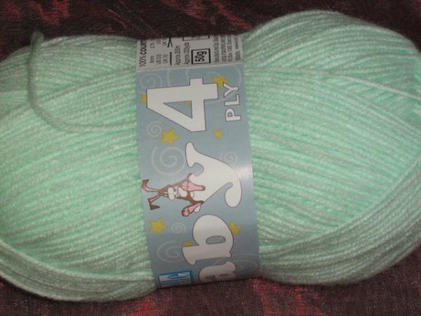 elle-baby-50g-4ply-col-028-apple-green