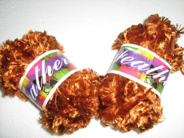 feathers-yarn-col-260