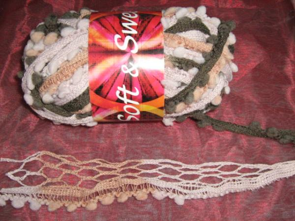 new!!!-fishnet-with-pom-poms-100g-col-15