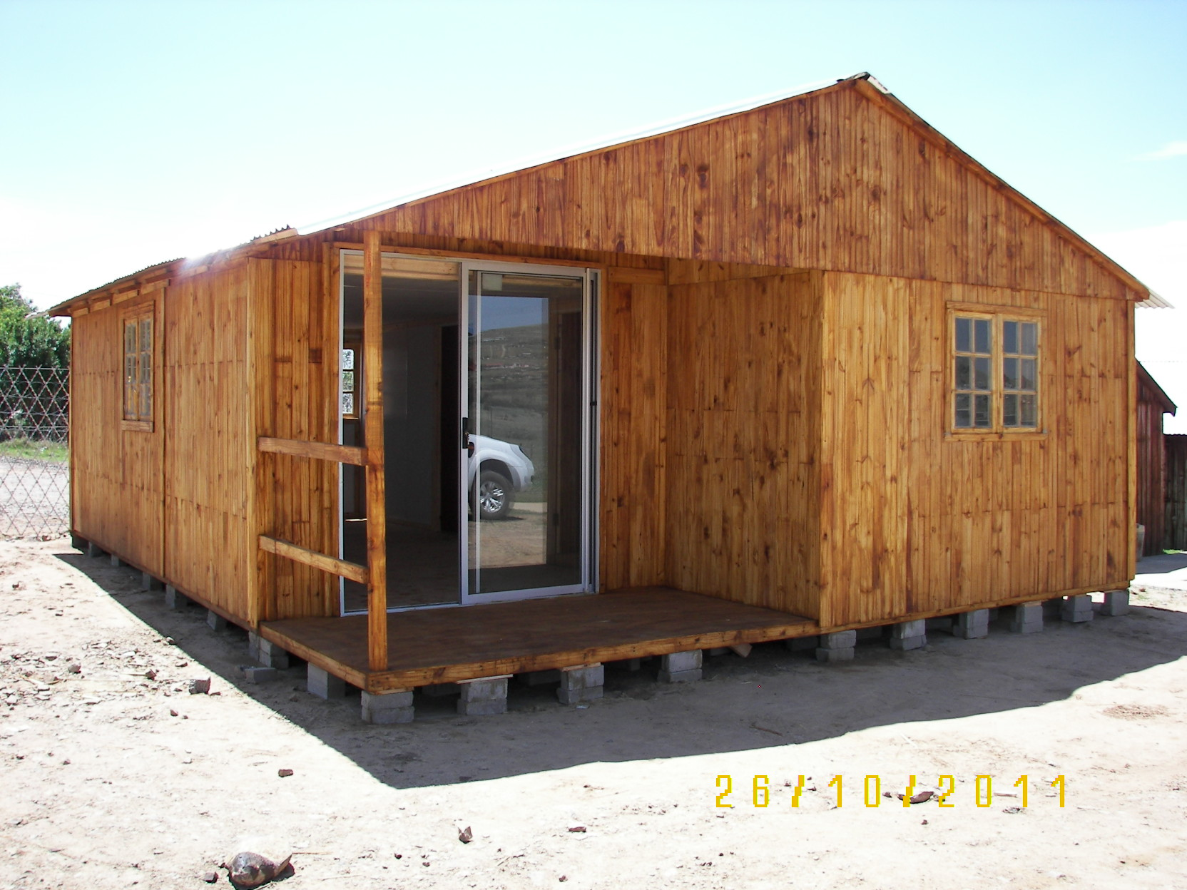knotty-pine-wendyhouses