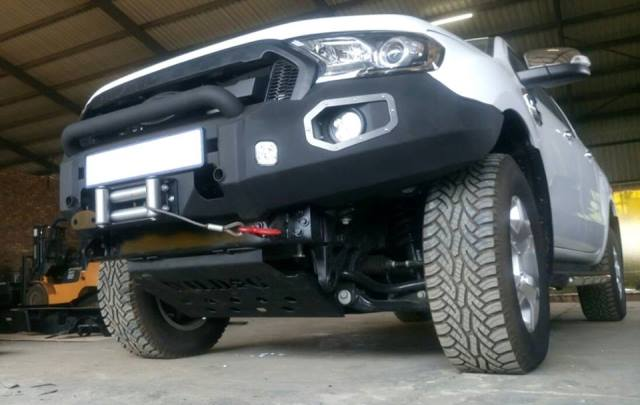 front-replacement-bumper-facelift-ford