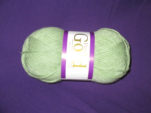 elle-pure-gold-col-023-soft-moss