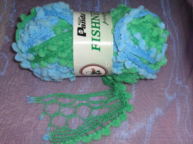 100g-fishnet-with-pom-poms-col-green--blue