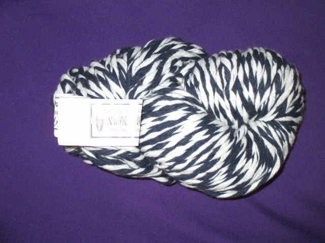 cotton-yarn-500g-hank-col-black-white-mix