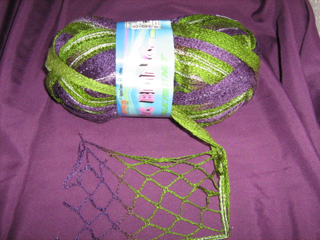 extra-wide-fishnet-with-shiny-lurex-100g-col-66